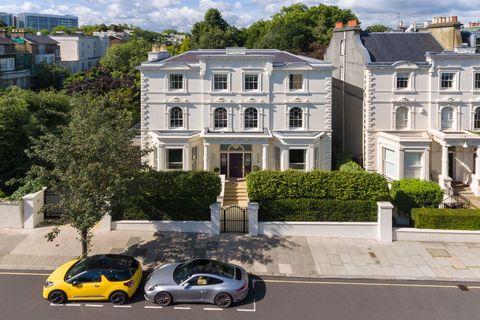 West London Villa - Little Venice - mansion - Russell Simpson