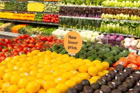 Natural foods, Whole food, Local food, Marketplace, Grocery store, Selling, Supermarket, Market, Vegan nutrition, Fruit,
