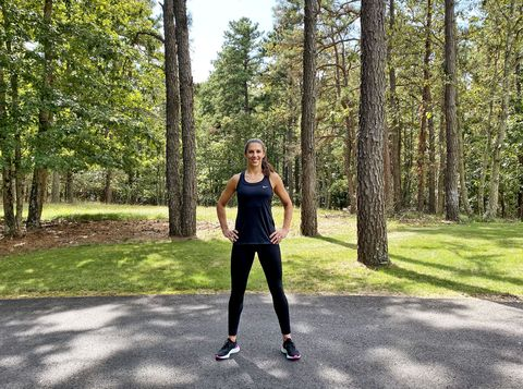 Active pants, Leisure, People in nature, Woody plant, Physical fitness, sweatpant, Waist, Exercise, yoga pant, Trunk,