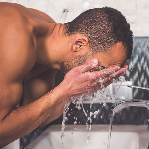 Hair, Water, Facial hair, Skin, Barechested, Forehead, Nose, Hairstyle, Beard, Muscle,