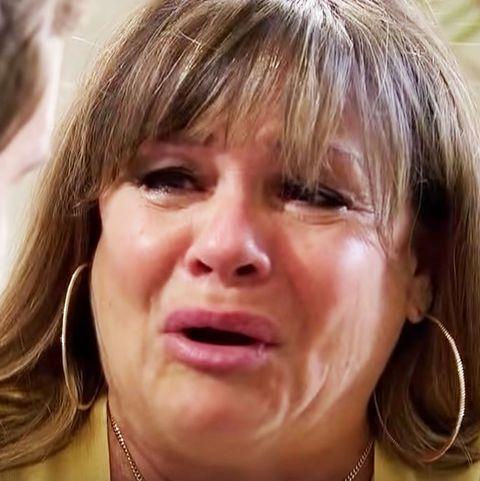 who is peter weber mom crying bachelor