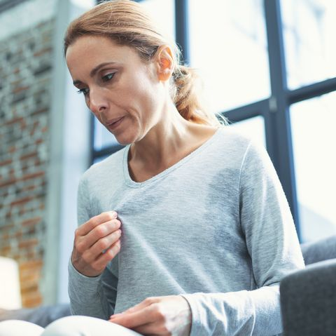 what age does menopause start