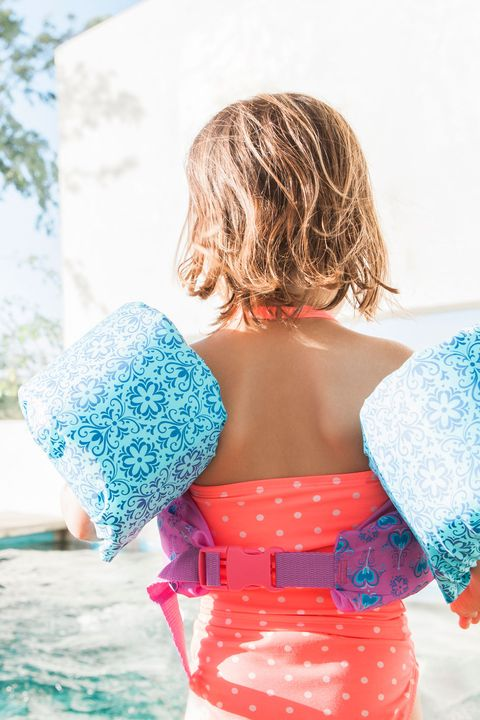 2d8568061a 12 Pool Safety Tips for Kids - Swimming Pool Water Safety Rules