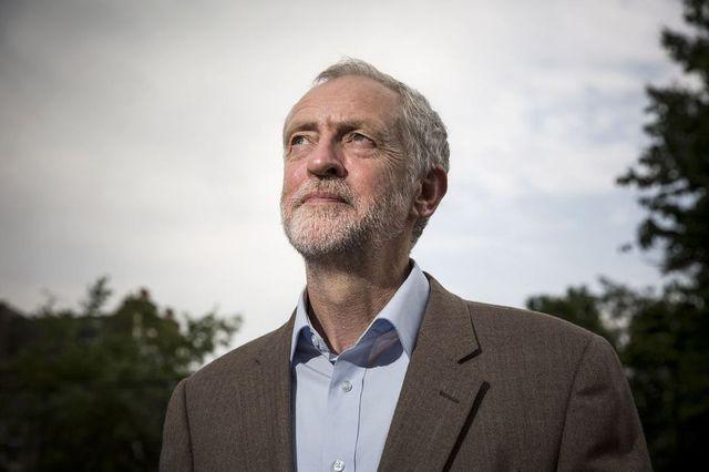 ジェレミーコービン, 政治家, イギリス, ライフスタイル, esquire, エスクァイア,jeremy corbyn,