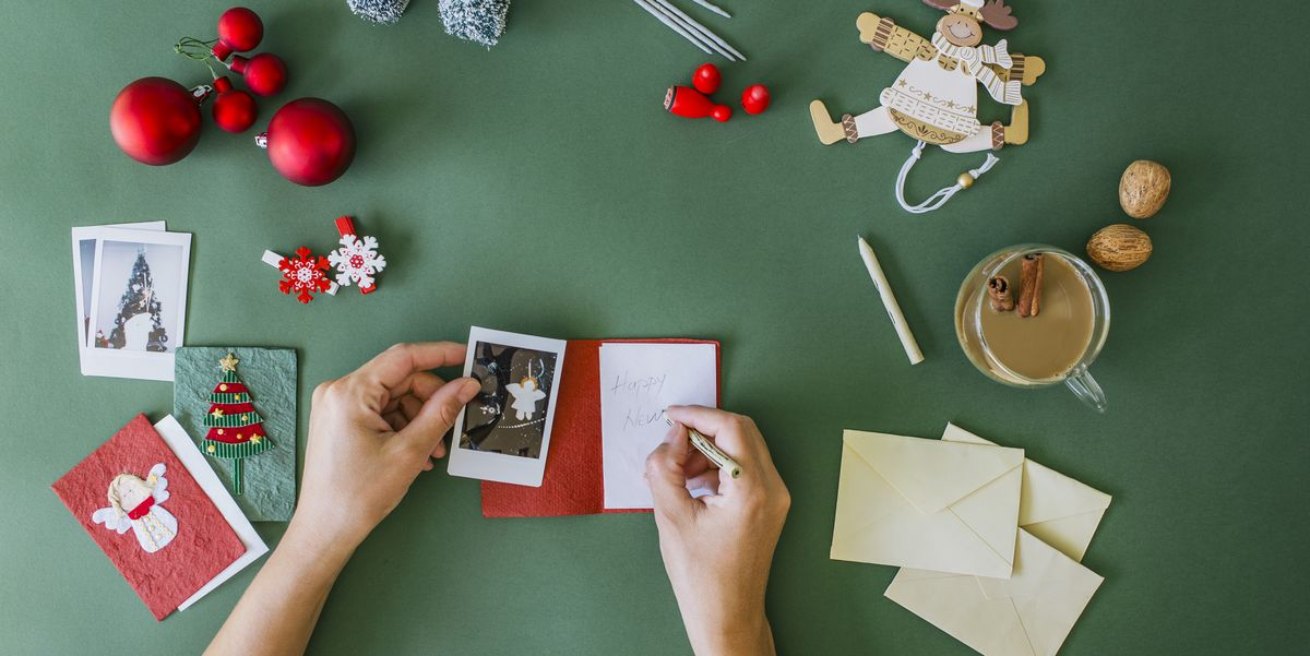 What to Write in a Christmas Card - 25 Best Christmas Card Messages