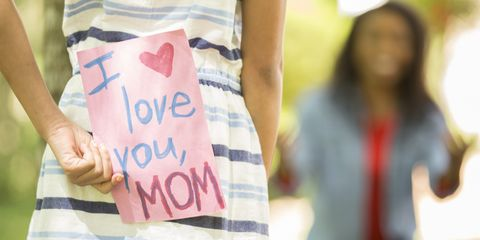 Here's What Mom Wants to See In Her Mother's Day Card