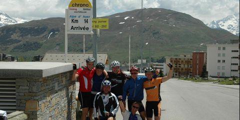Arnoud Gils met de familie op de Alpe d'Huez