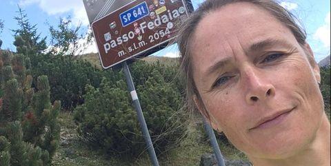 Eveline van der Hek op de Passo Fedaia