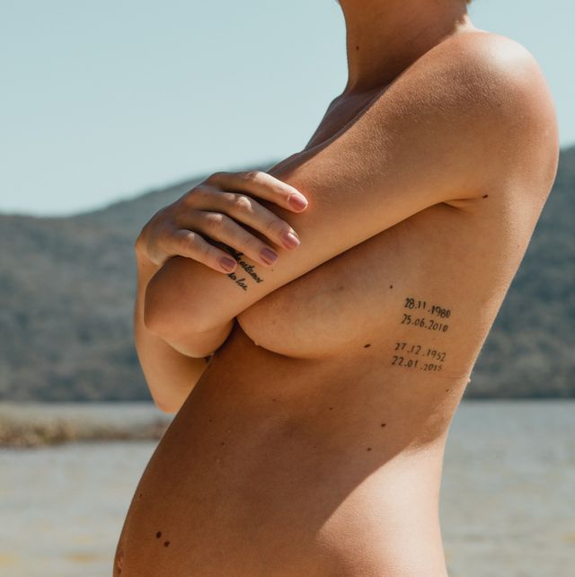 Undergarment, Bikini, Clothing, Skin, Thigh, Abdomen, Leg, Tan, Human leg, Stomach,