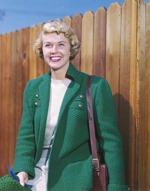 Green, Clothing, Outerwear, Jacket, Sweater, Wool, Blazer, Cardigan, Top, Button,