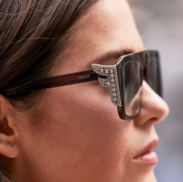 Eyewear, Glasses, Face, Nose, Sunglasses, Eyebrow, Head, Beauty, Chin, Close-up,