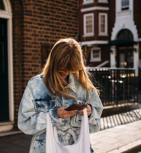 Street fashion, Photograph, Clothing, Yellow, Snapshot, Denim, Fashion, Shoulder, Jeans, T-shirt,