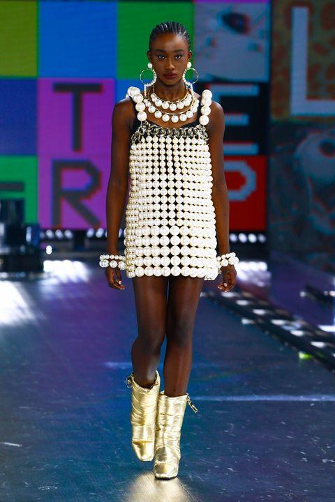 vestiti moda 2022