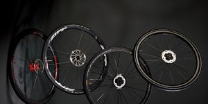disc-brake road wheels