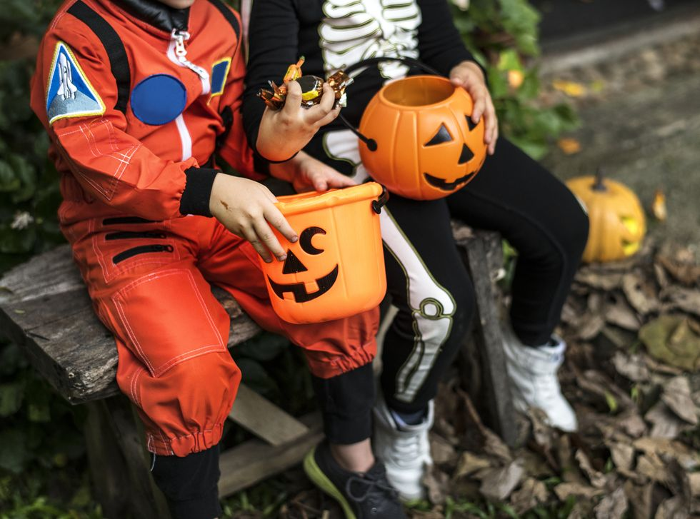 What Time Does Trick-or-Treating Kick Off in 2021? Here's What Families Need to Know