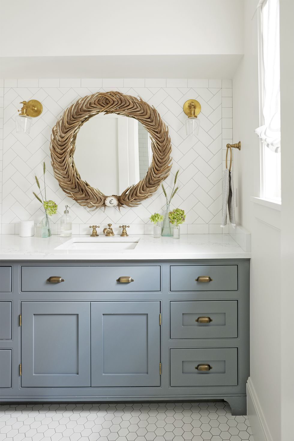Where Should You Buy Your Bathroom Vanity? Here Are 15 Excellent Options