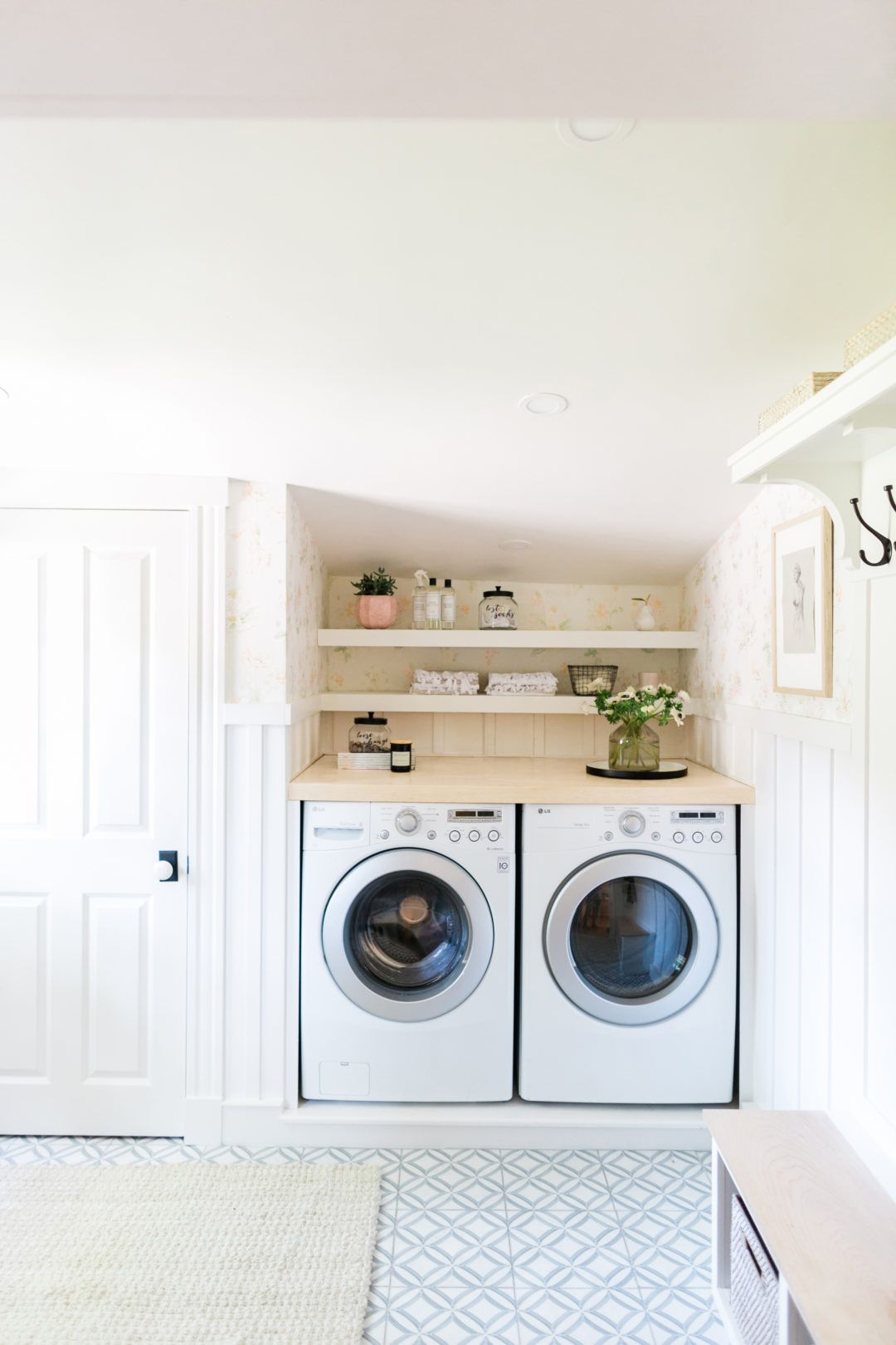 20 Best Laundry Room Ideas   Clever Laundry Room Storage Ideas