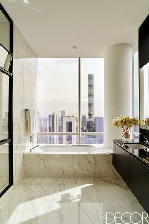 25 White Bathroom Design Ideas Decorating Tips For All White Bathrooms