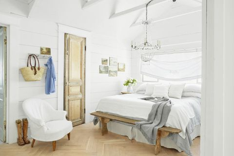 40 Best White Bedroom Ideas How To Decorate A White Bedroom Extraordinary White Bedroom
