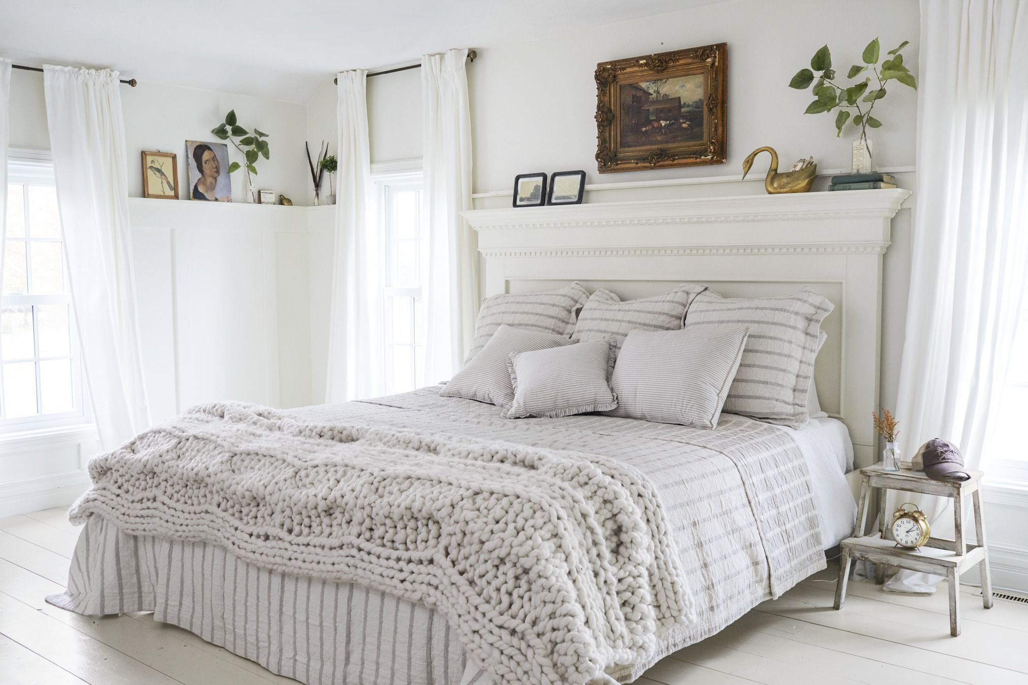 12 Best White Bedroom Ideas - How to Decorate a White Bedroom