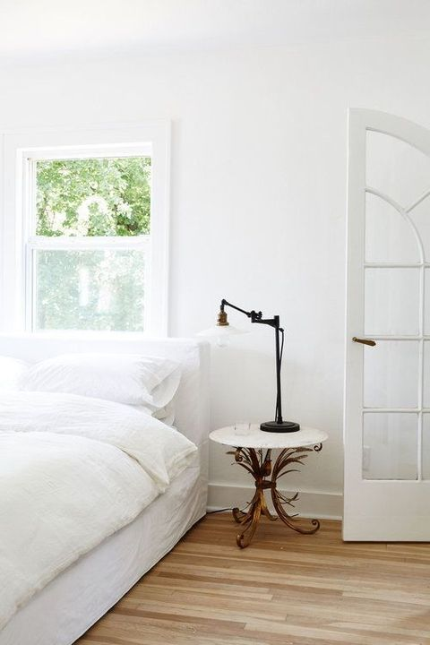 23 Beautiful White Bedrooms Ideas For White Bedroom Design