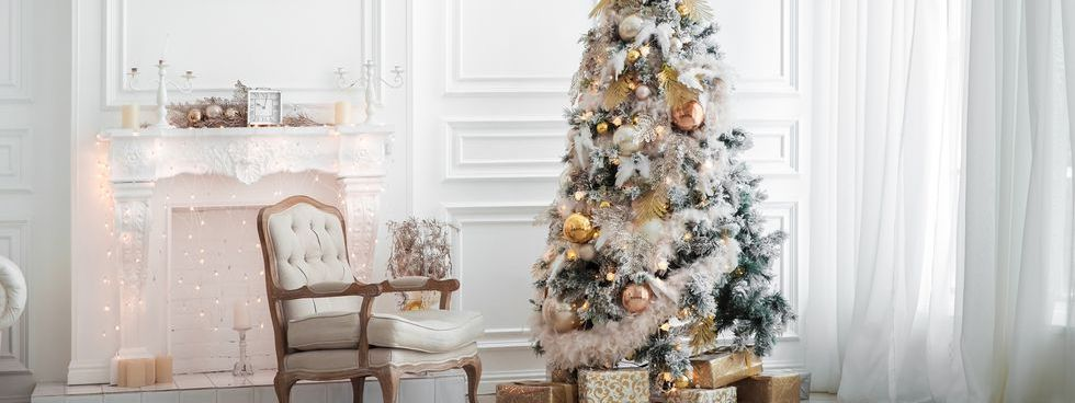 You Can Pull Off A White Christmas Tree With These Chic Ideas
