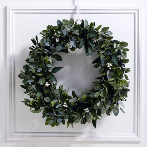 ultimate green and berry christmas wreath by the white company