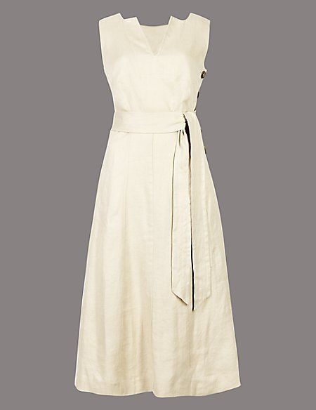 Clothing, Dress, Day dress, White, Bridal party dress, Cocktail dress, Beige, Gown, One-piece garment, A-line,
