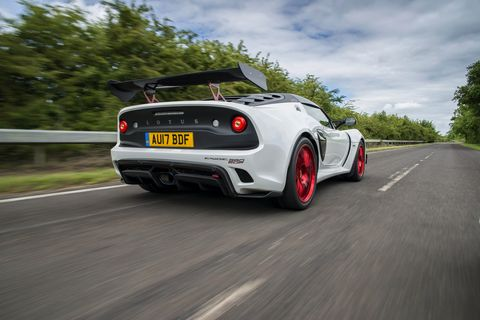 https://hips.hearstapps.com/hmg-prod.s3.amazonaws.com/images/white-exige-cup-380-driving-7-1497624746.jpg?crop=1xw:1xh;center,top&resize=480:*