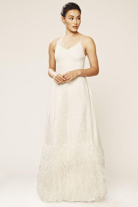 Sarah jessica parker debuts new line of wedding dresses sjp bridal shop now junglespirit