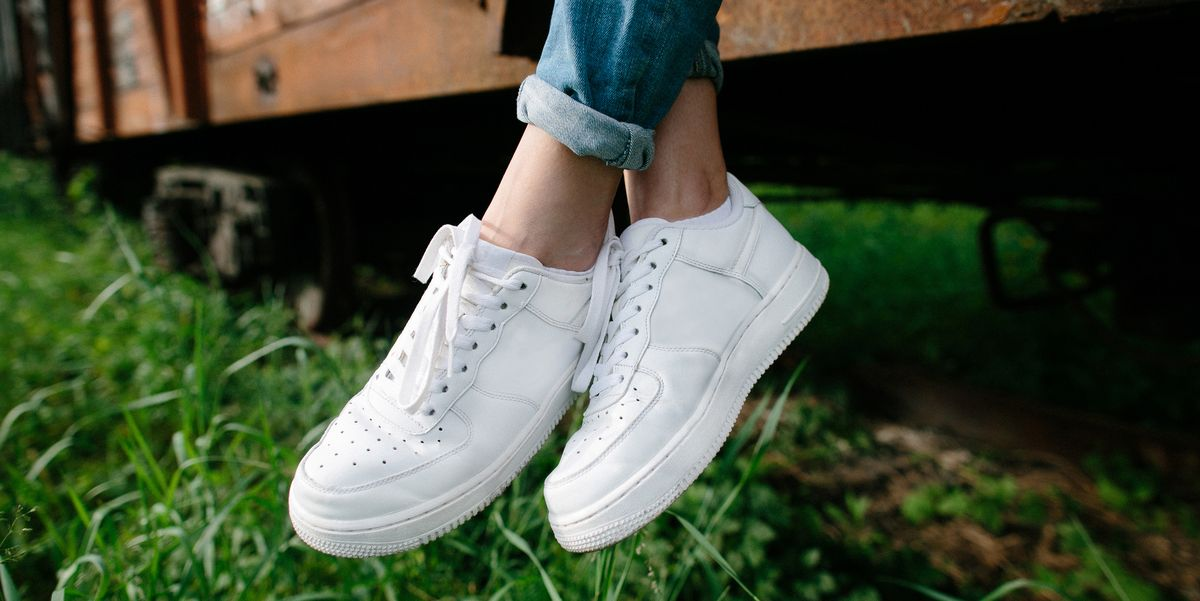 How To Clean White Shoes Best Way Converse Or Canvas Vans With Baking Soda