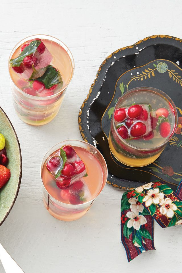 white grape punch with cranberry ice