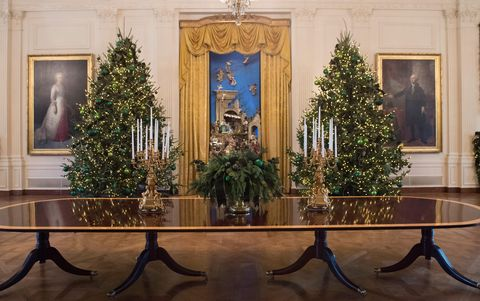 Whitehouse Christmas Decorations.The White House Reveals Its Christmas Decorations Melania