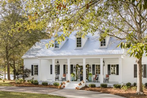 white front fall porch decor