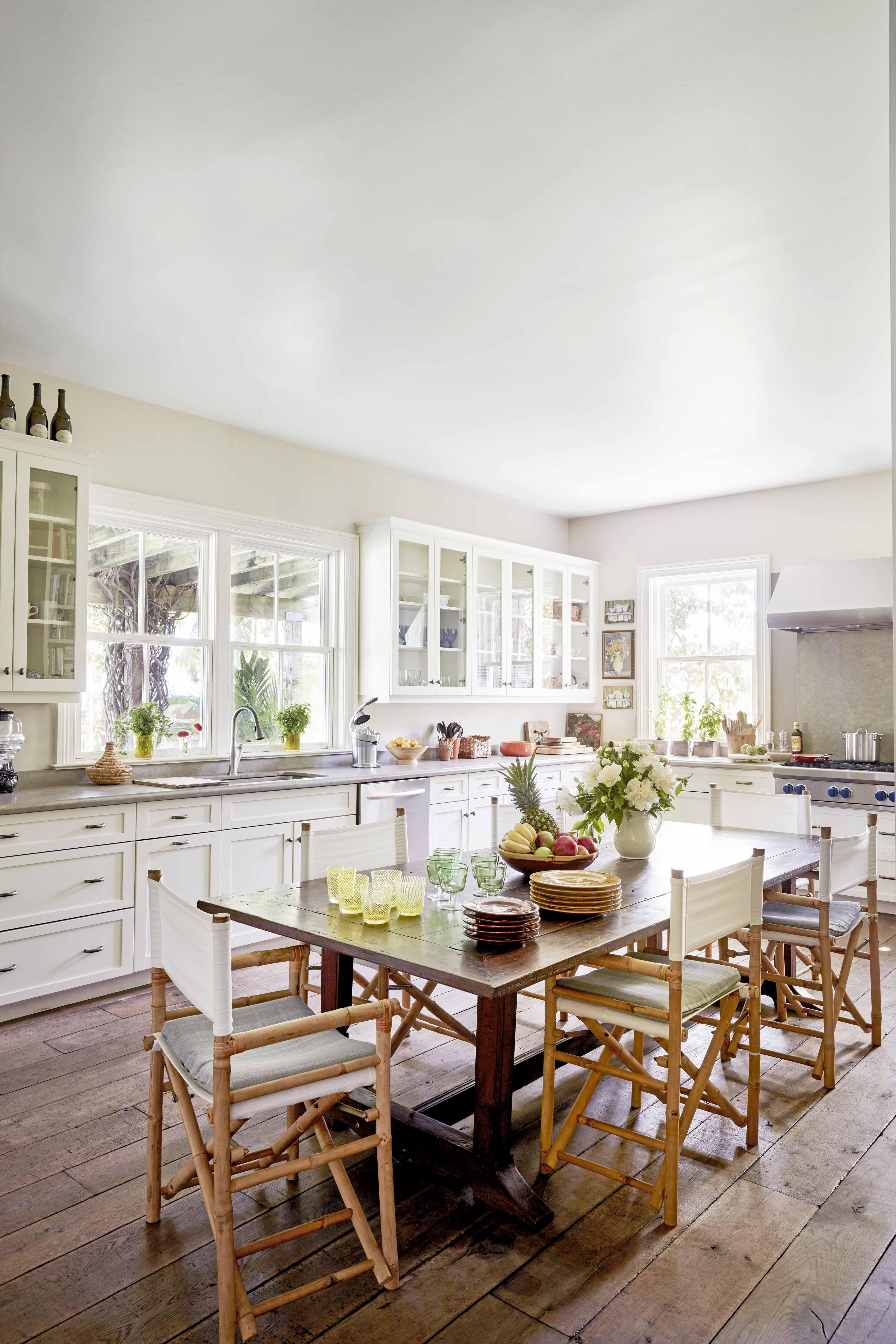 9 Best White Kitchen Ideas 9   White Kitchen Designs and Decor