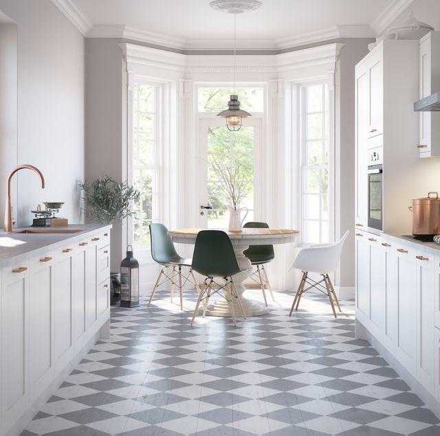 white kitchen, magnet