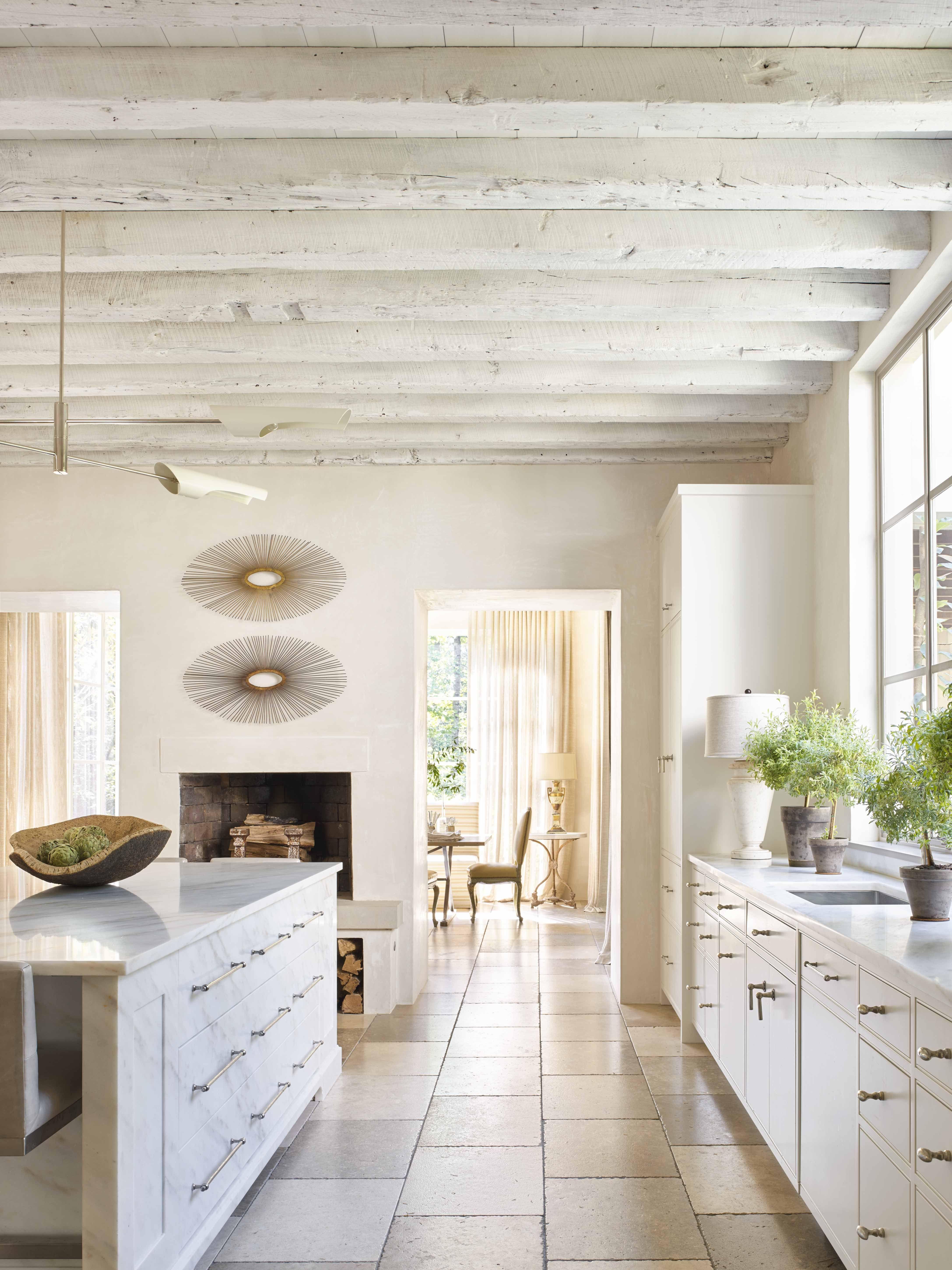 20 White Kitchen Ideas - All White Kitchen Designs and Decor
