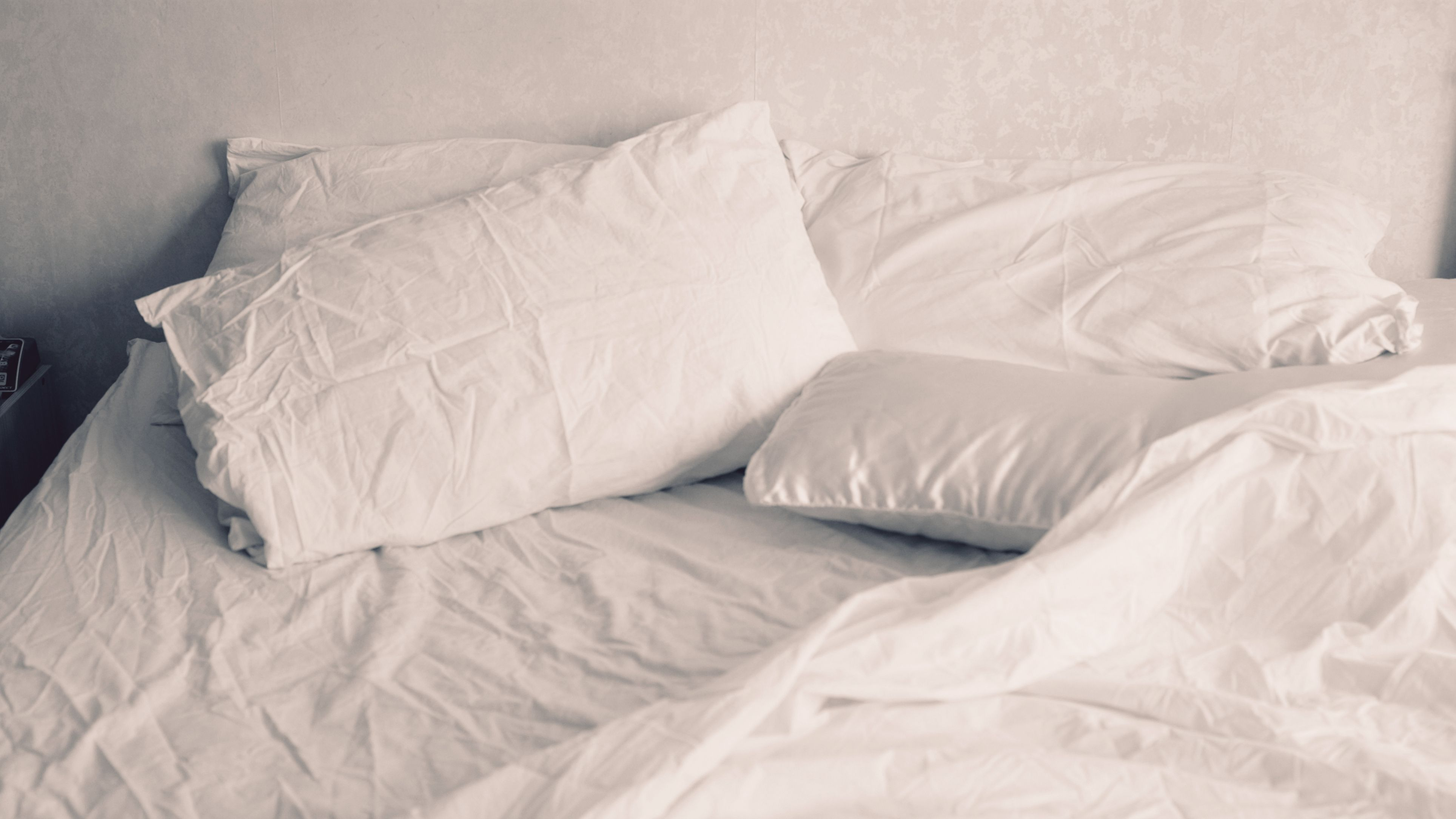 For The Love Of Good Sleep, Stop Using A Top Sheet