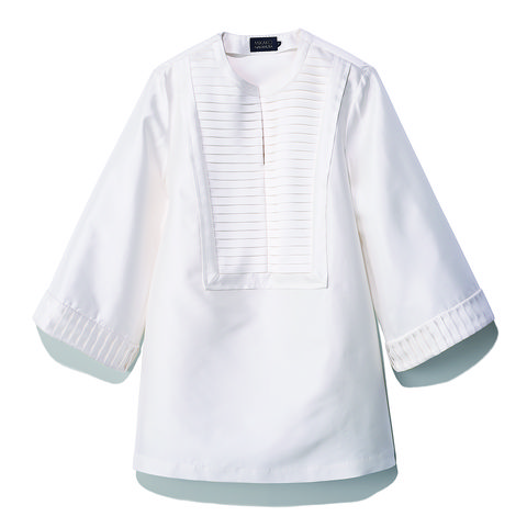 人気ブランドの白シャツ