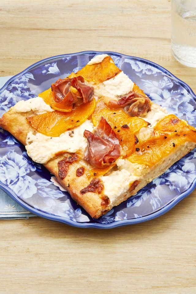 white pizza with butternut squash and prosciutto