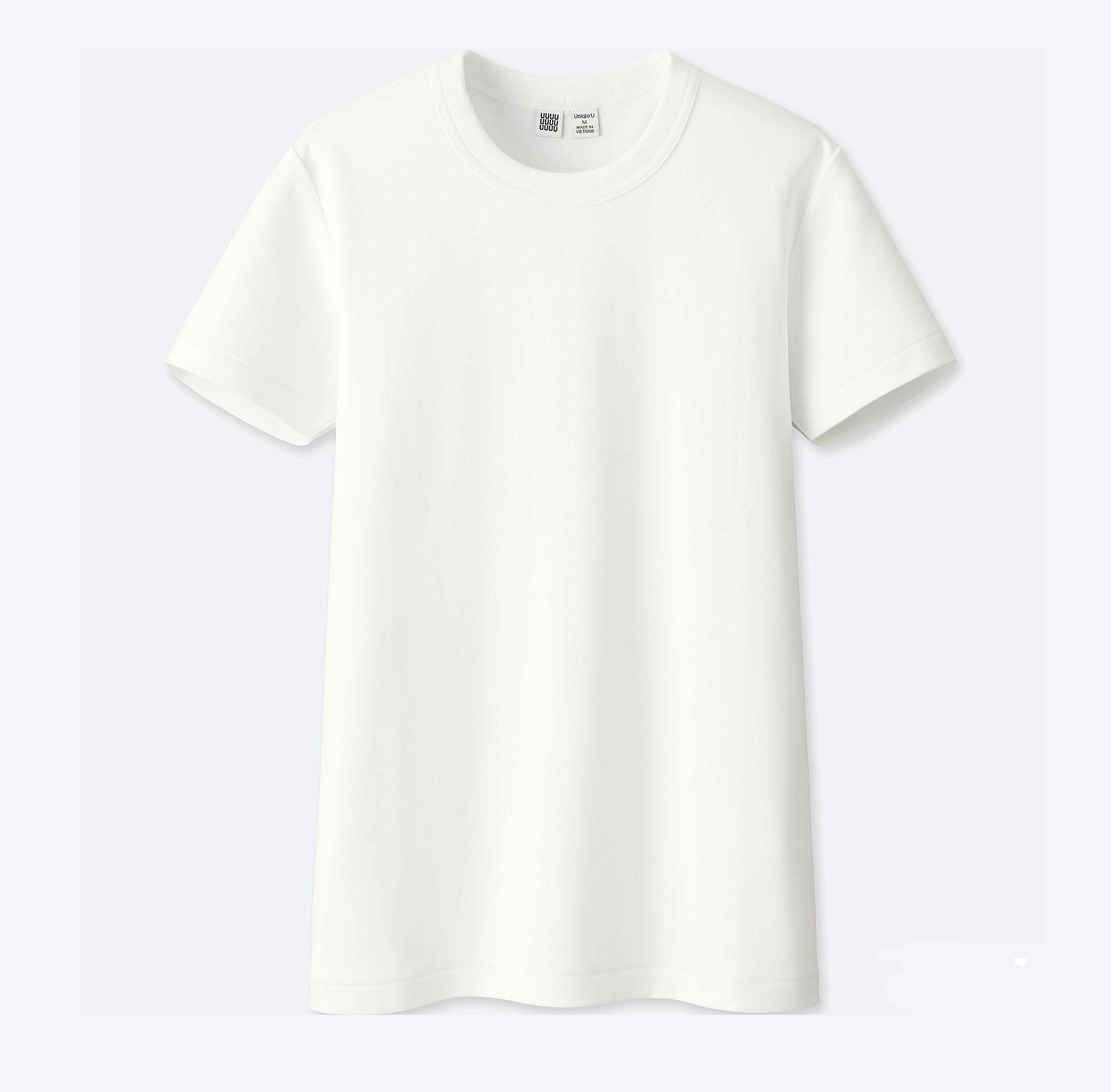 holiday capsule wardrobe: white t-shirt