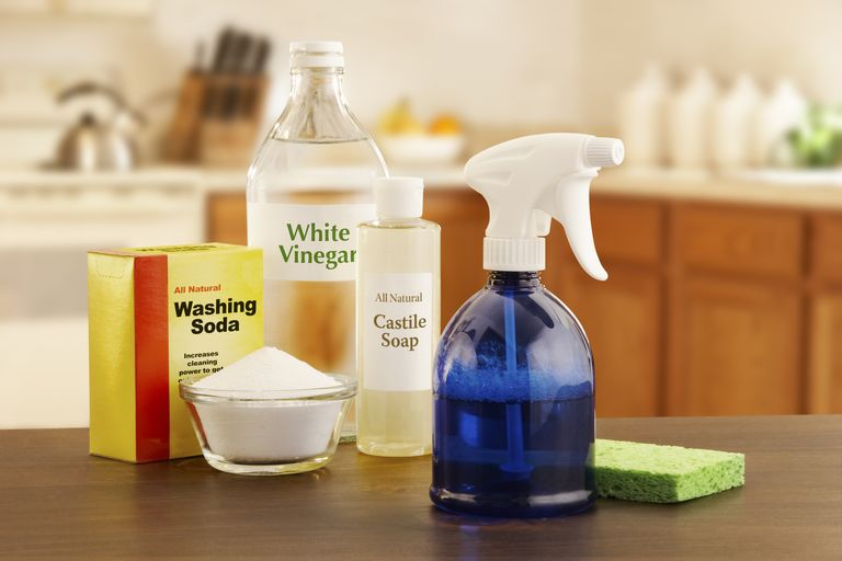 White vinegar cleaning products
