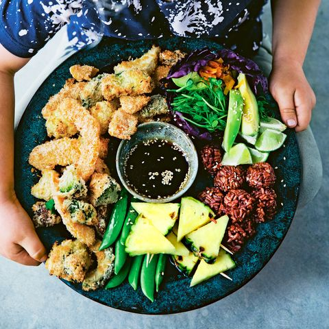 Food, Dish, Cuisine, Ingredient, Salad, Leaf vegetable, Sesame chicken, Produce, Fried food, Recipe,