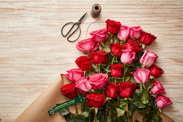 Amazon Prime Discount on Two Dozen Roses at Whole Foods