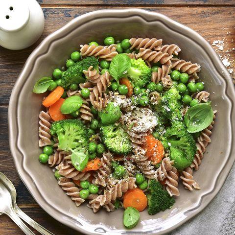 Whole wheat pasta primavera