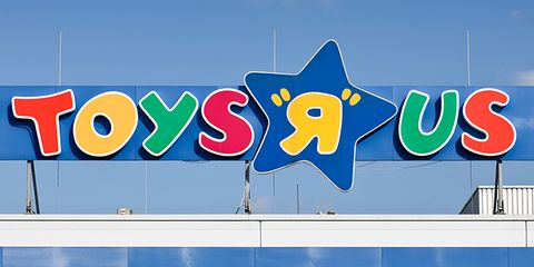 Toys r us shares emotional message after officially closing its stores toys r us closing colourmoves