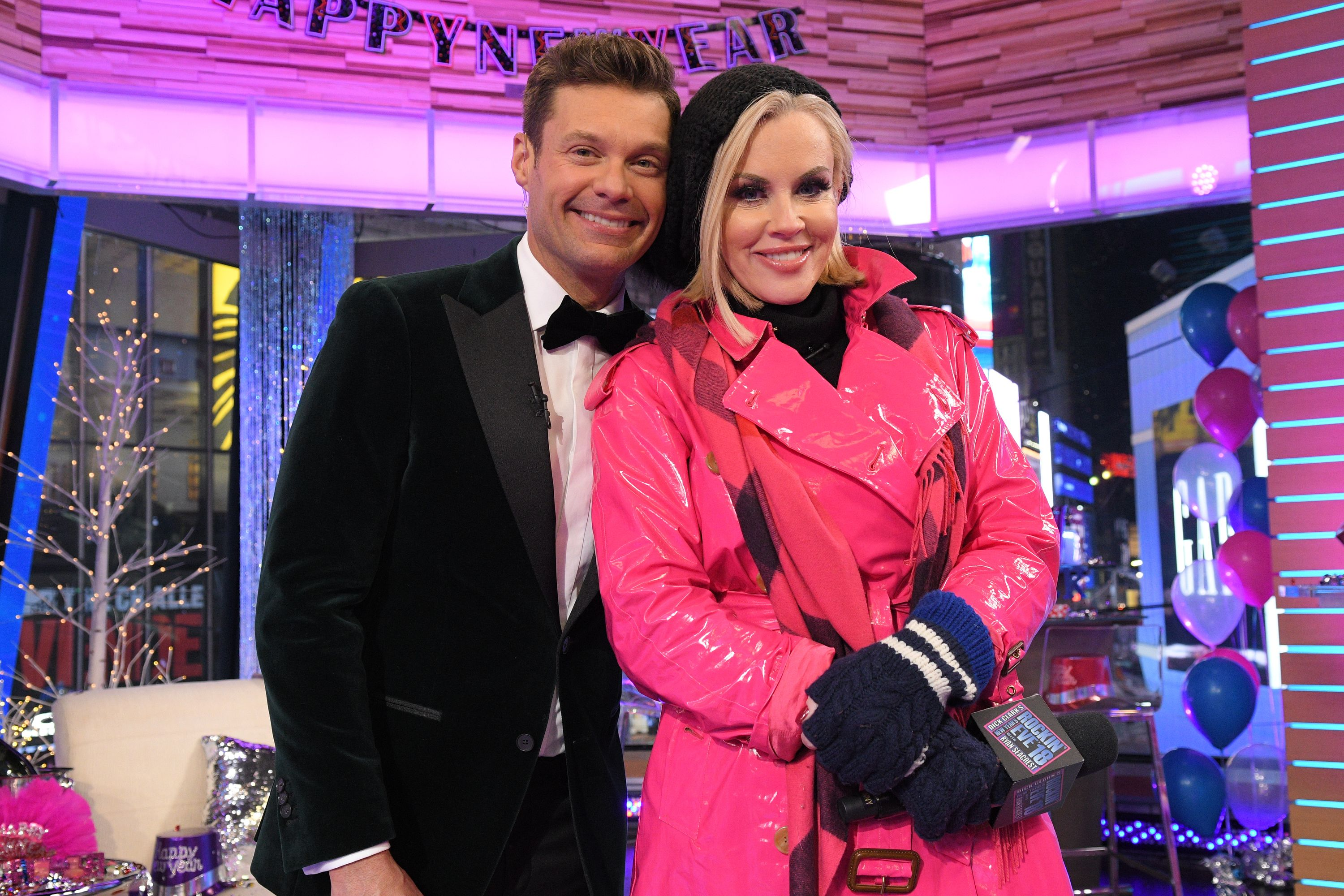 Why Is Jenny Mccarthy Not Hosting Dick Clark S New Year S Rockin Eve 2020 Where Is Jenny Mccarthy