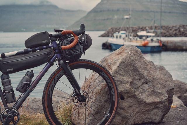 brooks, scape, collectie, bike packing, fietstassen, tassen