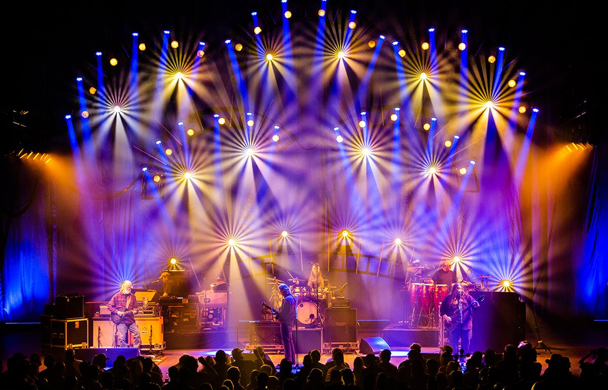 Why Do Billionaires Love Widespread Panic - Jam Band Widespread Panic Tour  Interview