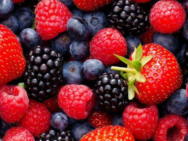 wild berry mix   strawberries, blueberries, blackberries and raspberries